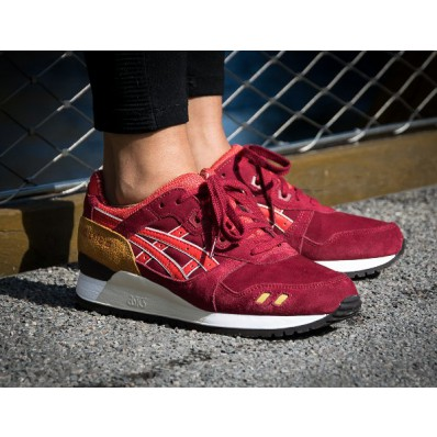 asics bordeaux rouge