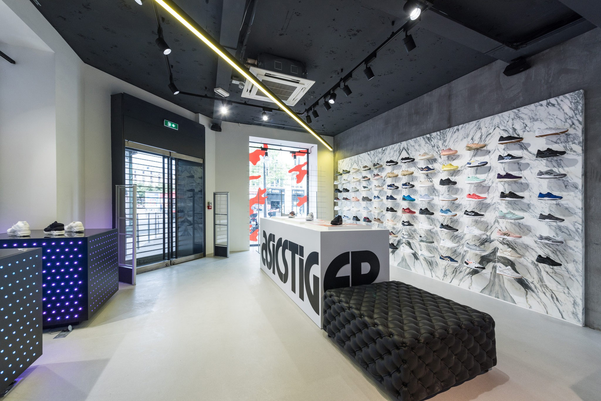 magasin asics paris