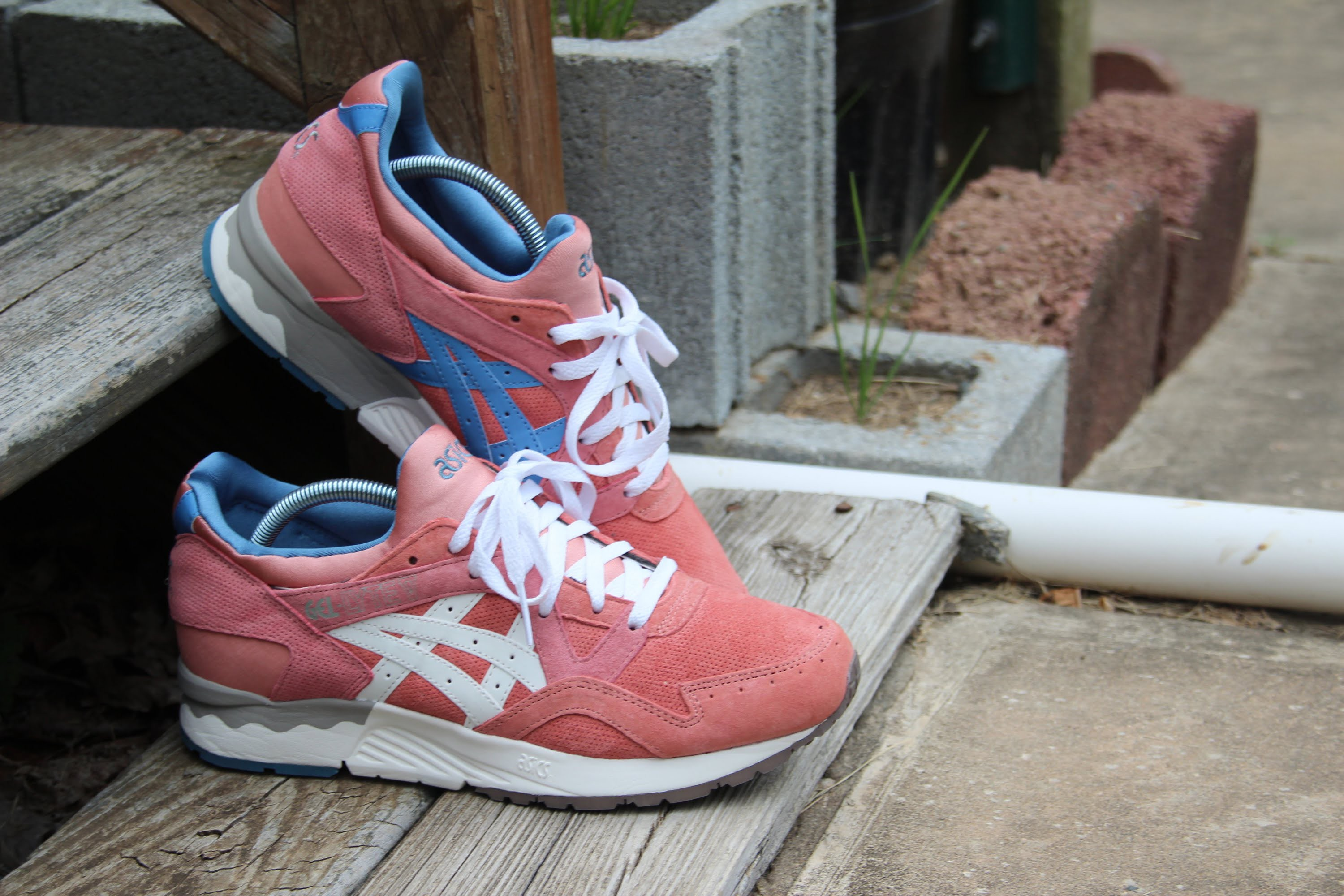 7847466c597 ronnie fieg x asics gel lyte v rose gold